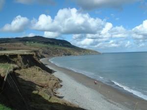 Greystones es una ciudad cuyas playas estan repletas de piedras grises
