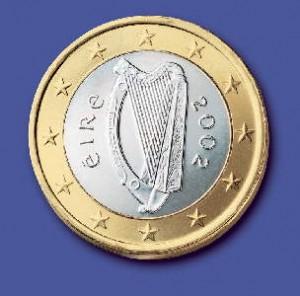 La moneda de Irlanda es el Euro, característico por su arpa en el dorso de cada moneda