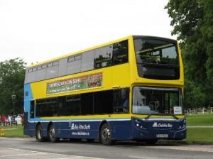 La mejor manera de llegar a la fábrica Guinness es mediante autobús
